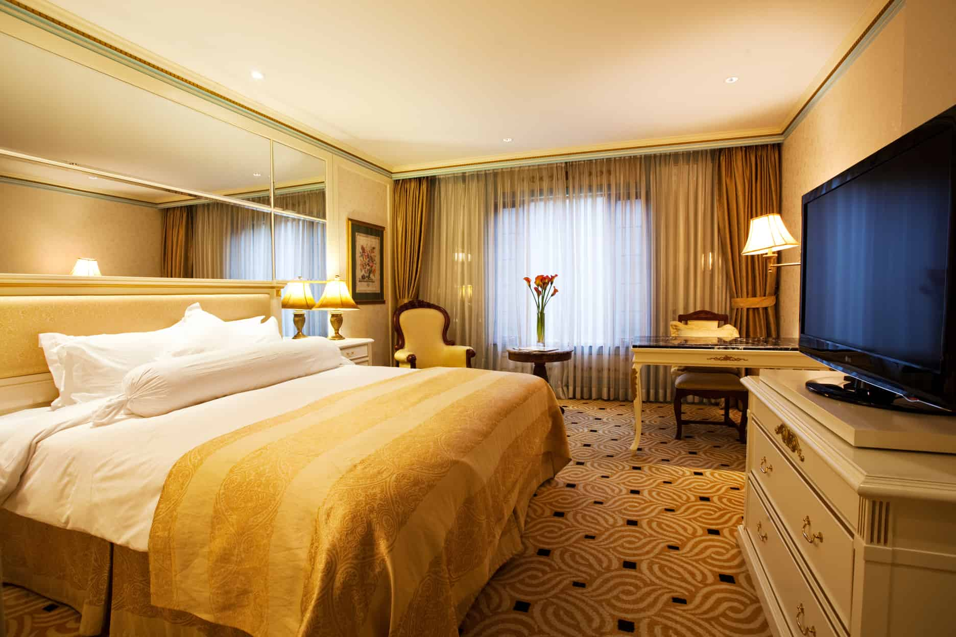 image-hotel-guest-room-imperial-palace-seoul