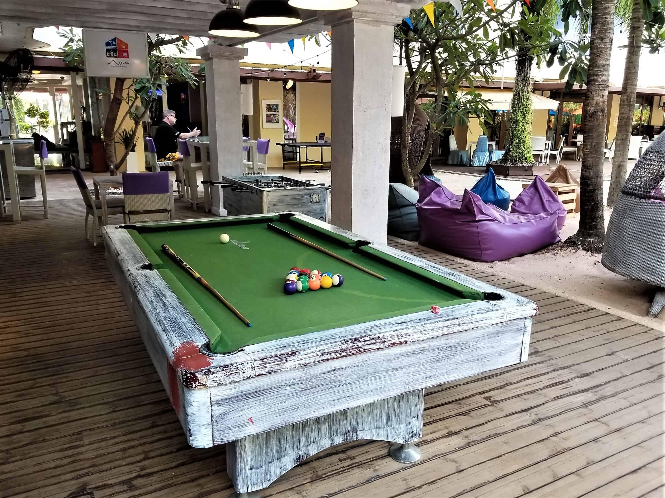 image-of-mercure-hotel-pattaya-aqua-pool-bar-and-club-pool-table