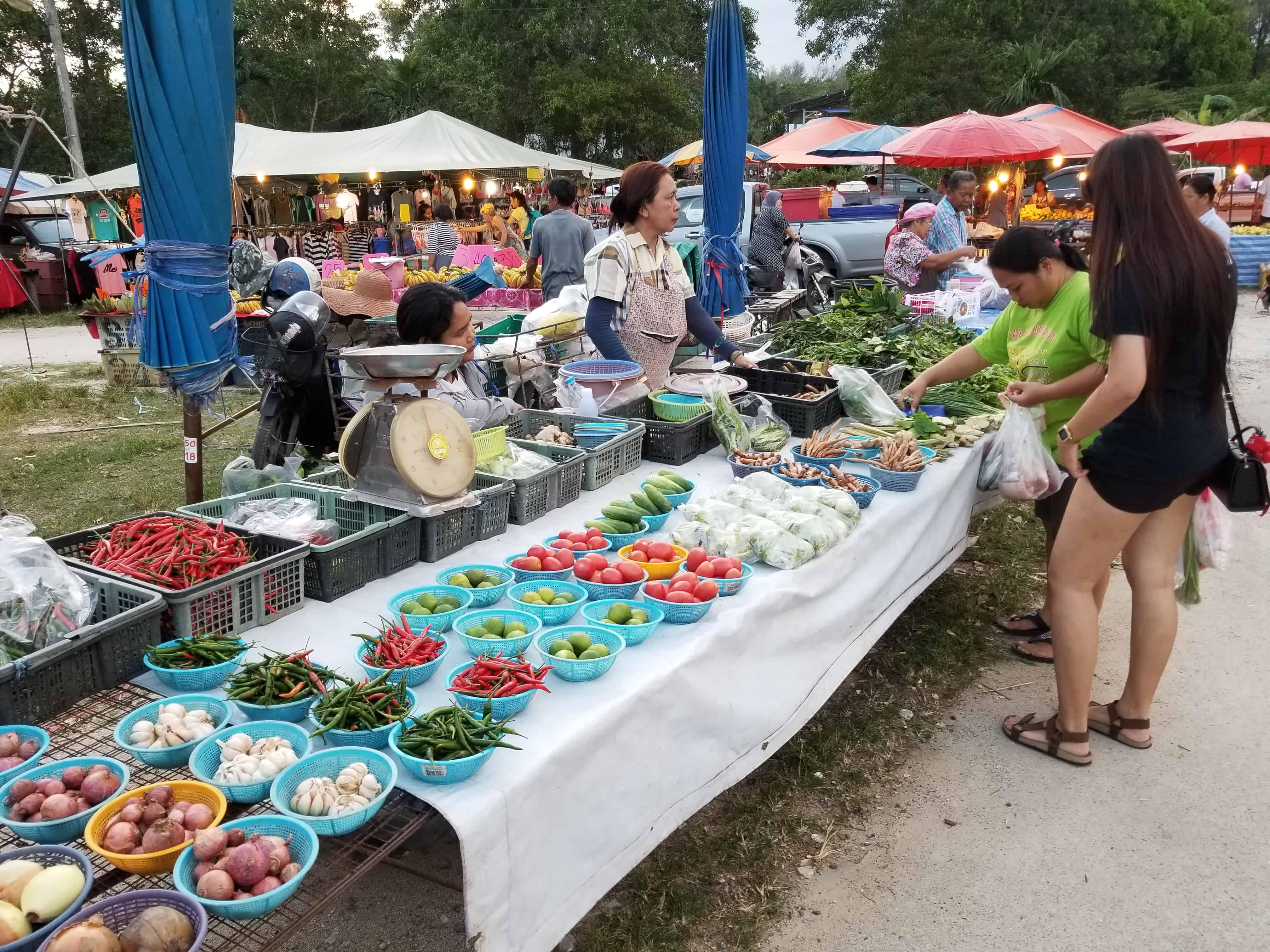 image-of-produce-vendor-atnai-yang-market-in-phuket-thailand