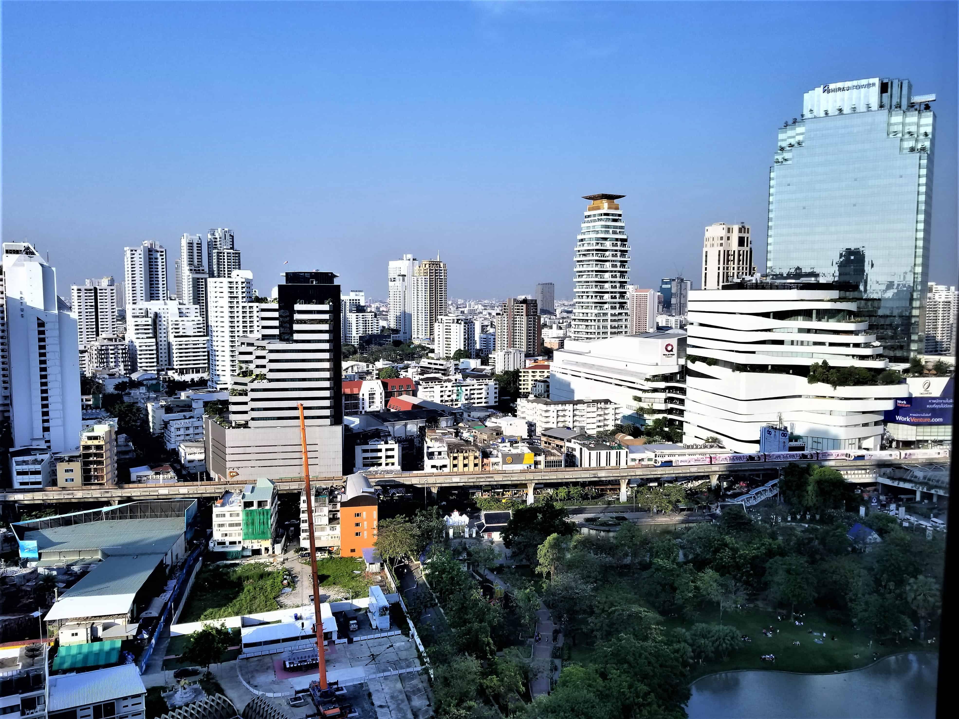 image-of-bangkok-marriott-marquis-queens-park-deluxe-hotel-room-view
