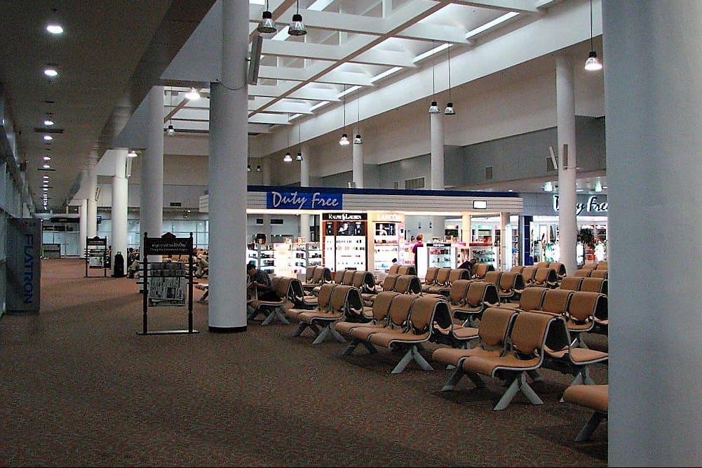 image-of-chiang-mai-international-airport-waiting-room